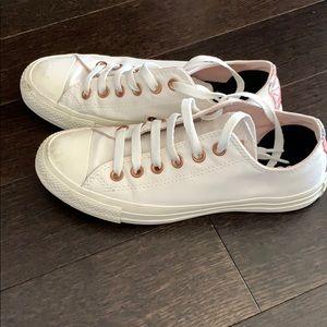 SUPER RARE Converse - Chuck Taylor sneakers